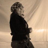 Artist-Marilyn-Woollacott-thumb